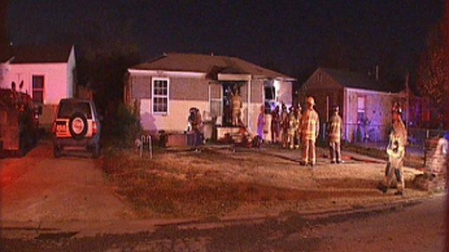 Crews Extinguish Early Morning Fire At SW OKC Home