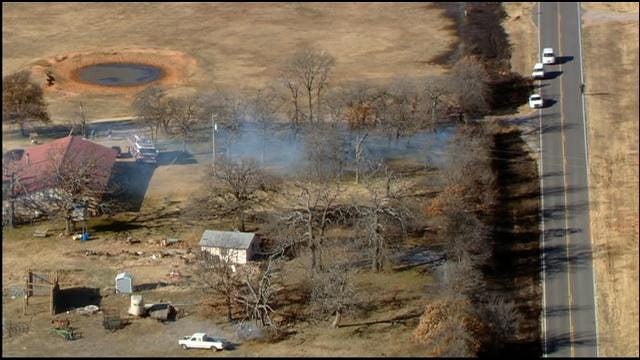 Firefighters Put Out Grass Fire Burning Near Home In McLoud