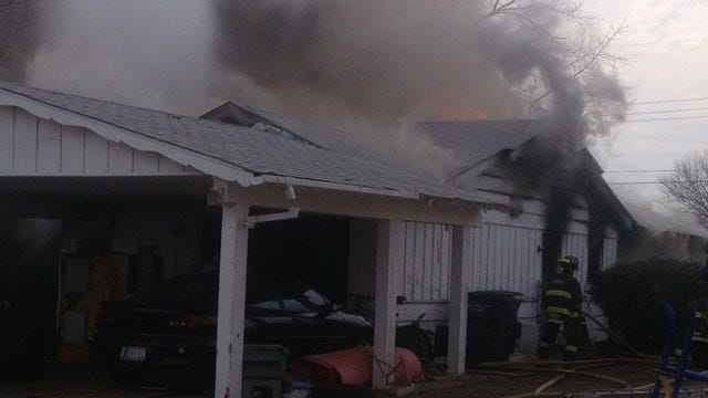 Christmas Tree Lights Spark Fire At Del City House