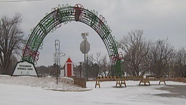 Winter Storm Cancels Chickasha Light Festival