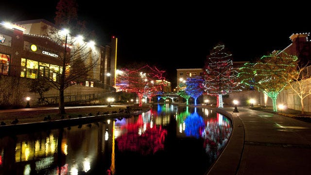 Holiday Light Displays In Central Oklahoma
