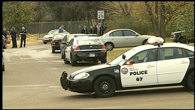Midwest City Police Fatally Shoot Man Armed With Rifle, Machete