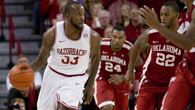 Oklahoma Falls To Arkansas In Tight Road Contest