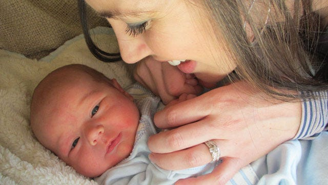 Amanda's Journal: Birth Story, First Meal, Learning Curve, First Bath