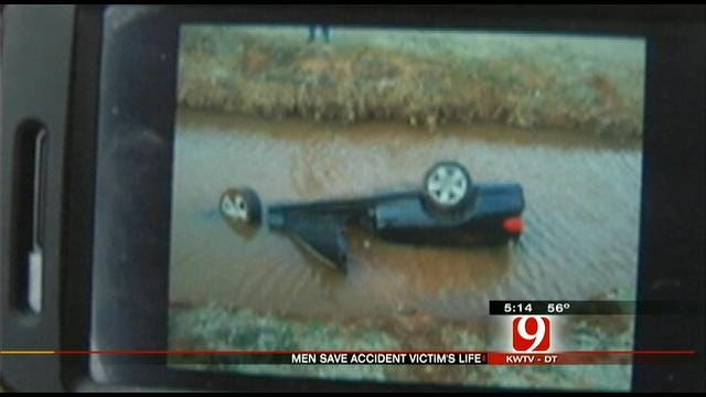 Guardian Angels Pull Man From Submerged Vehicle