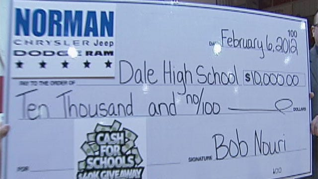 Dale High School Wins $10K In Cash For Schools Giveaway