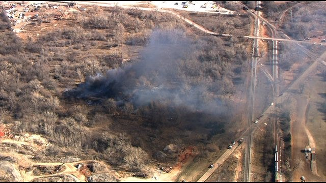 Firefighters Contain Grass Fire In Del City