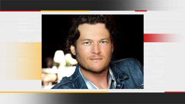 Blake Shelton's Father Dies
