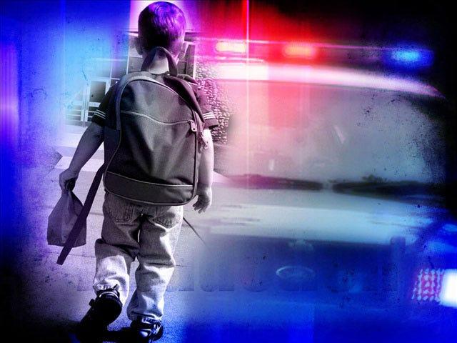 Edmond Police Warn Parents Of Suspicious Van