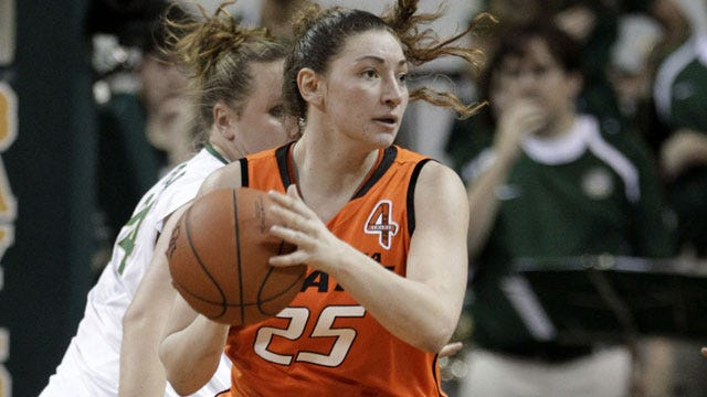 Cowgirls Use 3-pointers To Win In Strange Second Half