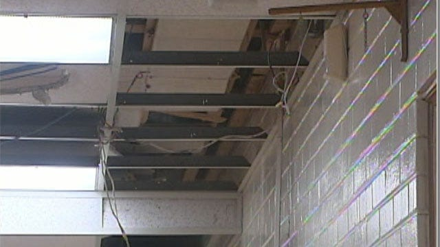 Rain Floods Monroe Elementary, Classes Canceled Wednesday