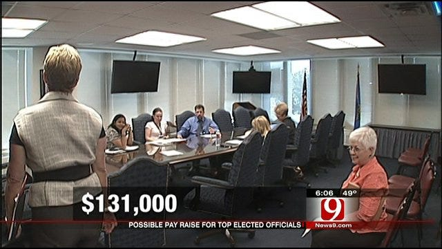 Top State Officials Slated For Pay Raise