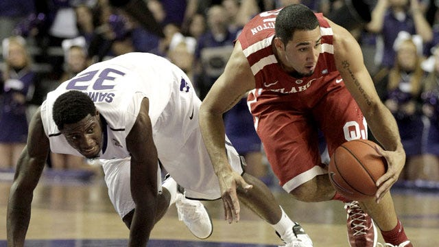 Pledger Leads Sooners To Another Win Over Kansas State