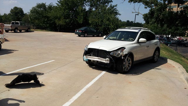 Man Crashes SUV Into Several Vehicles At OKC Apartment Complex