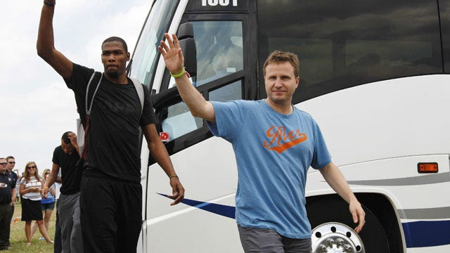 Thunder Agrees To Terms With Scott Brooks