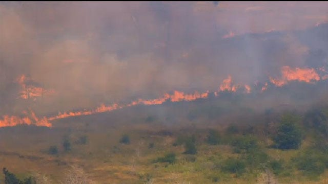 Logan County Grass Fire Contained, Authorities Say