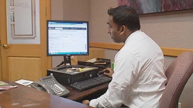 Oklahoma Doctors Use Online Network Similar To Facebook