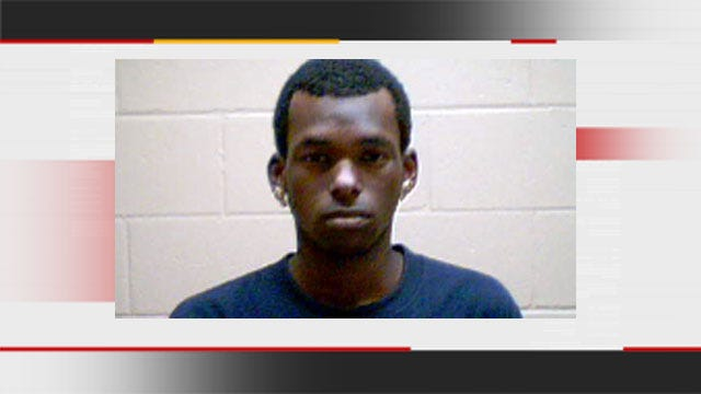 Suspect Admits To Choking Girlfriend To Death At Warr Acres Apartment