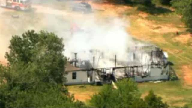 Fire Destroys Mobile Home In OKC