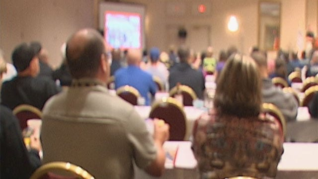 Over 300 Law Enforcement Officers Attend Anti-Gang Conference In OKC