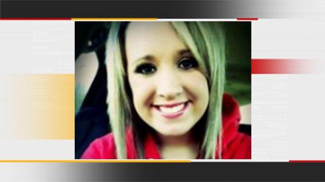Family, Friends Host Candlelight Vigil For Oklahoma Teen Murdered
