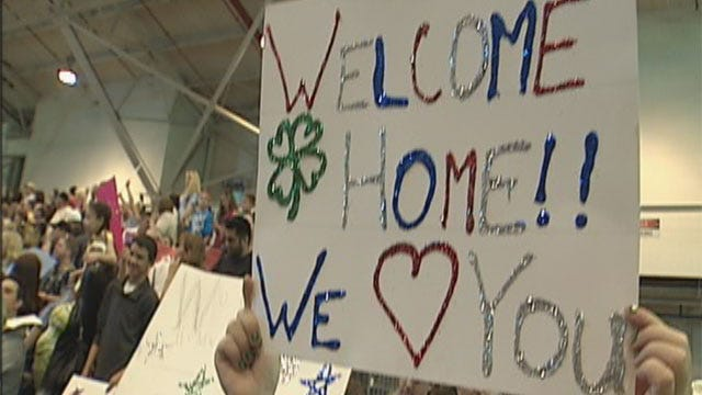 Families, Friends Welcome Oklahoma 45th Infantry Soldiers Back Home