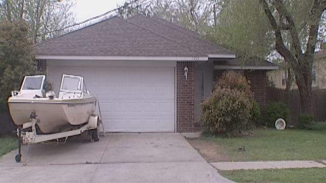 Neighbors Describe Scene After Fatal Shooting In Norman