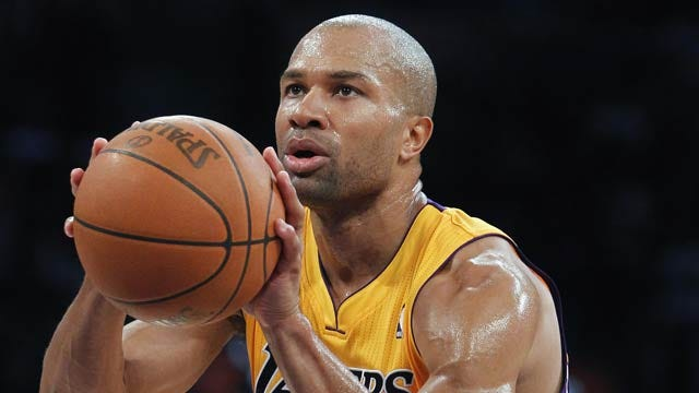 Derek Fisher Officially Signs With OKC Thunder