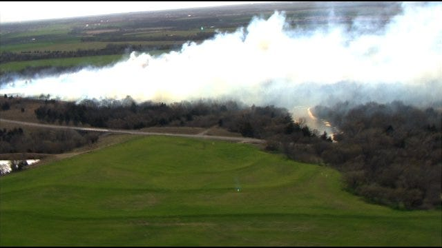 Firefighters Contain Grass Fire In Piedmont