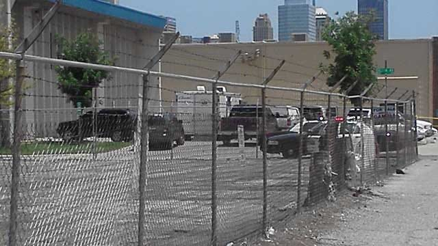 Police: Suspicious Package Found In OKC Is Suitcase Filled With Clothes