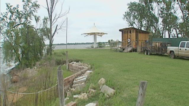 Police Search For Man Who Attacked Woman At Lake Hefner