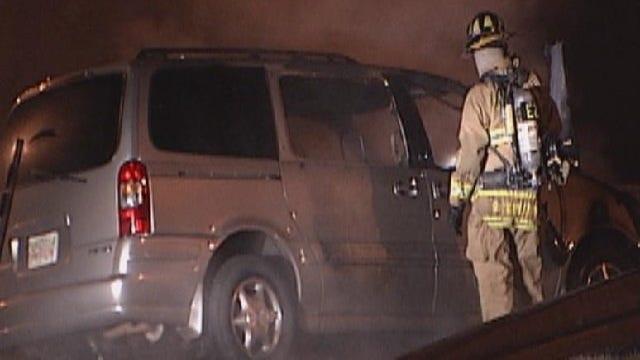 Woman Escapes Van Fire On Oklahoma City Street