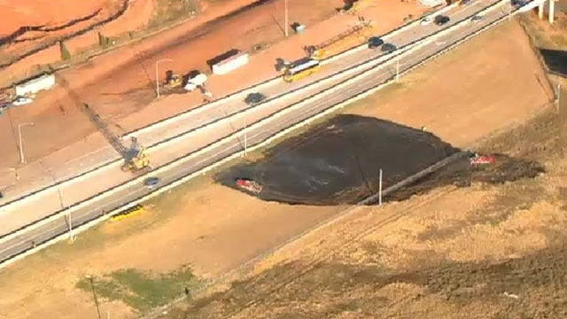 Crews Douse Small Grass Fire In North OKC