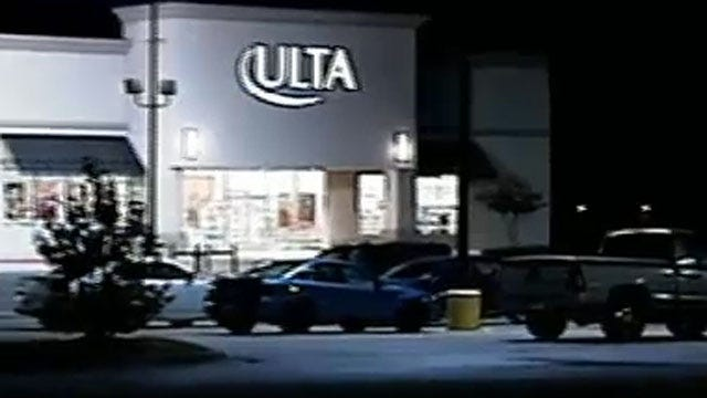 Police Search For Two Women Who Robbed OKC Beauty Store