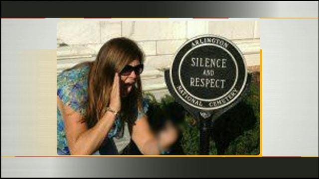 Your 2 Cents: Controversial Photo Taken At The Tomb Of The Unknowns
