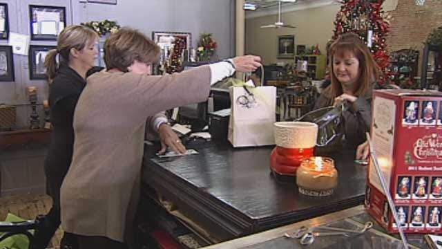 Oklahomans Encouraged To Shop Small During Holiday Season