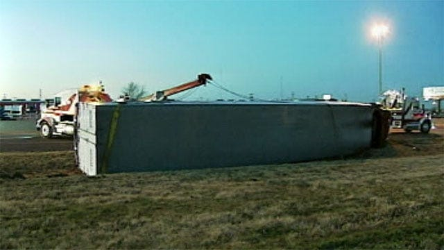 Popcorn-Carrying Semi Overturns On Westbound I-40