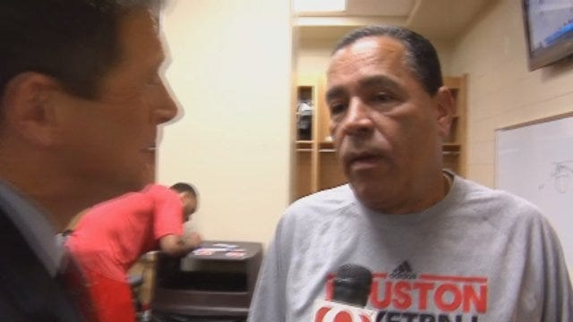 Dean Sits Down With Kelvin Sampson