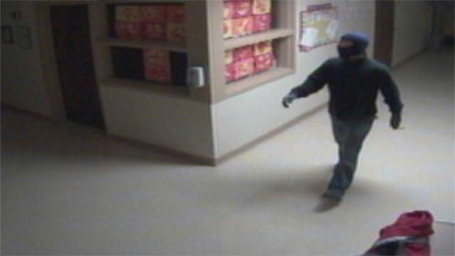 Camera Catches Crook Breaking Into Edmond Church