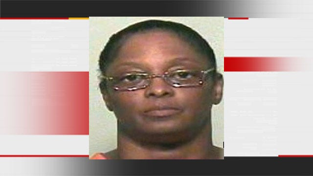 Caregiver Accused of Stealing $250K From Elderly Nichols Hills Woman