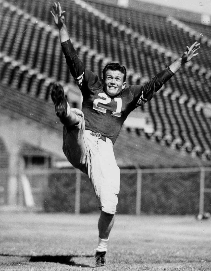 Former Texas Coach And Sooner All-American Darrell Royal Dies