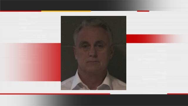 Former OU Coach Supports Man Charged With Bringing Gun Into Moore School
