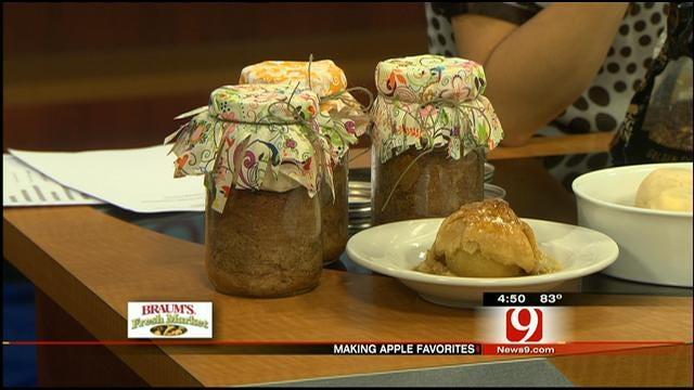 Apple Sauce Cake In A Jar
