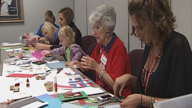 Help The Red Cross Make Holiday Cards For Our Soldiers