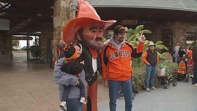 OSU's Pistol Pete Celebrates 89th Birthday At OKC Zoo