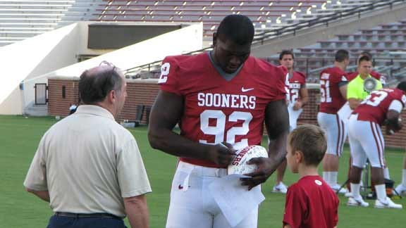 Absence Of Sooners' McGee Hurts, But Expect Him Back For Texas