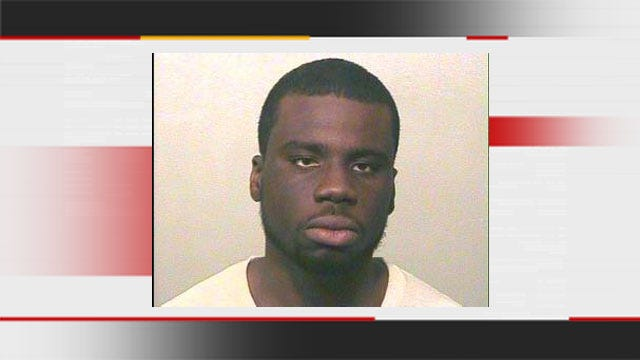 OKC Man Arrested For Threatening To Stab Apartment Manager, Punching Officer