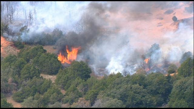 Firefighters Contain Large Grassfire Near Anadarko