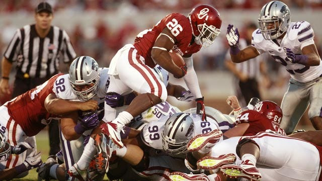 Oklahoma Offense Trying To Put New Pieces Together