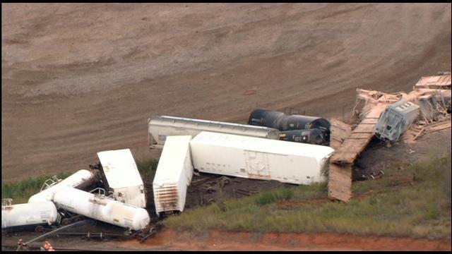 Train Derails Near Perry, No Injuries